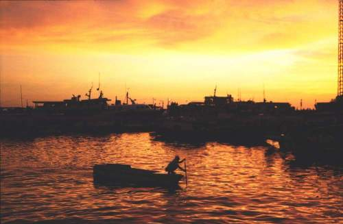 Phil_sunset_boat1
