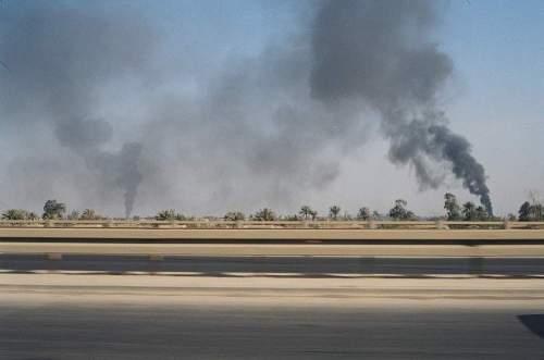 Bdad_highway_oil_fires